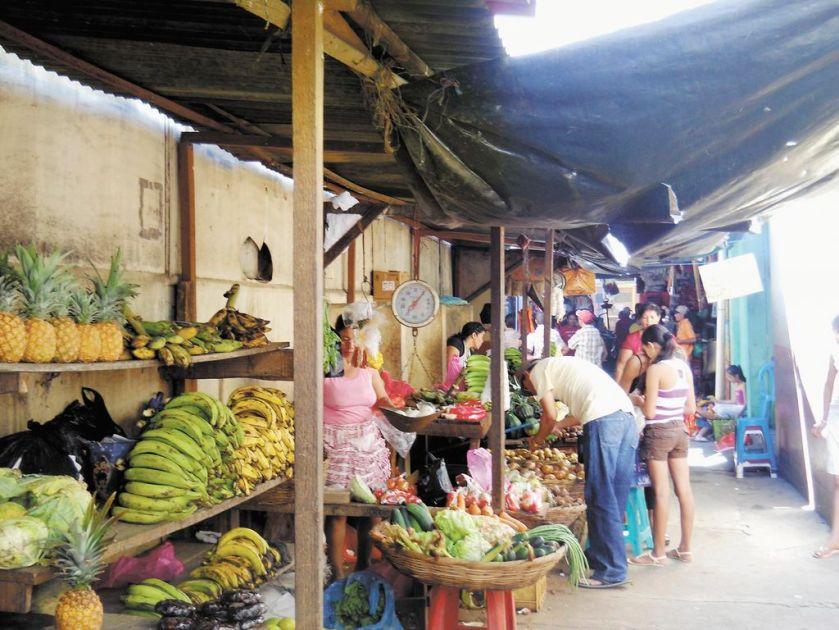 mercado ciudad Sandino. Foto /Massiel Larguespada