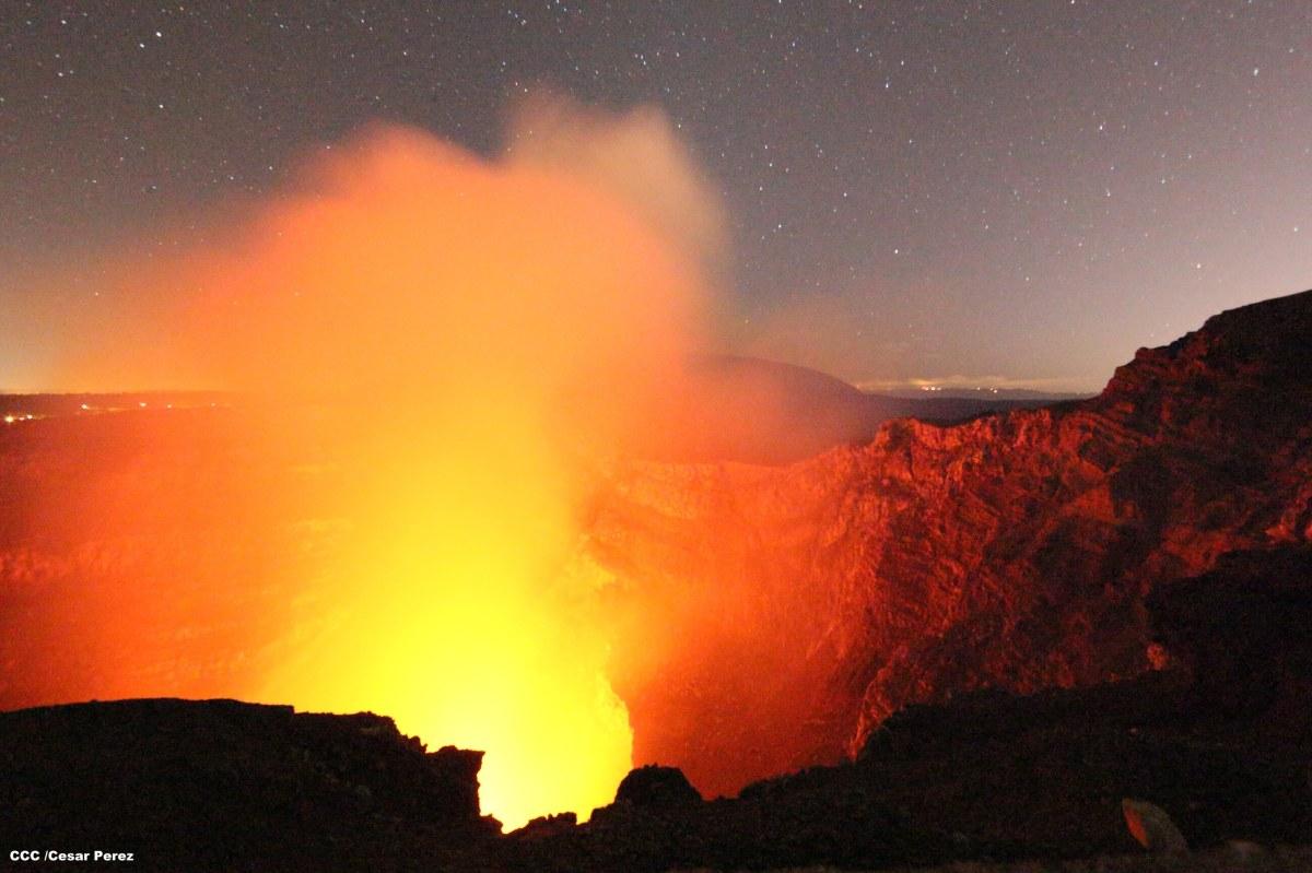 Volcán Masaya, la puerta al infiernoreabre