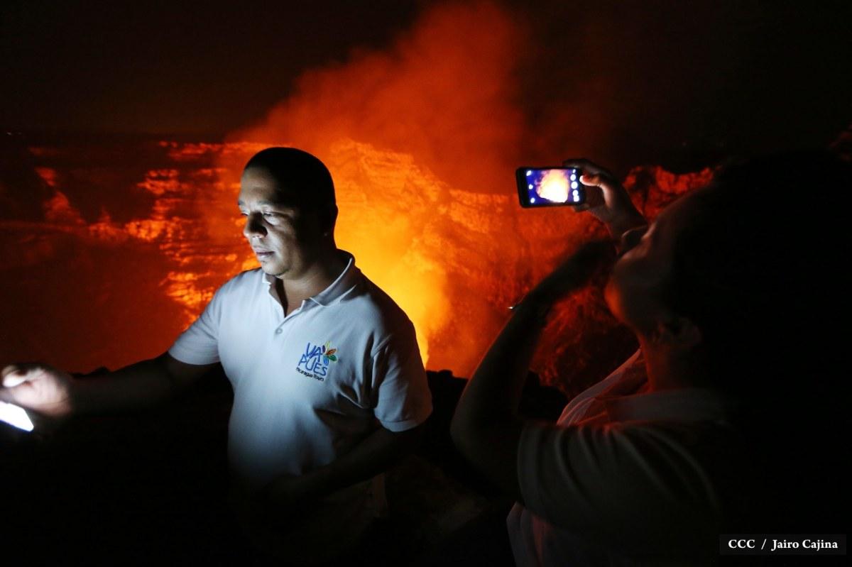 Impresionantes imágenes del activo VolcánMasaya