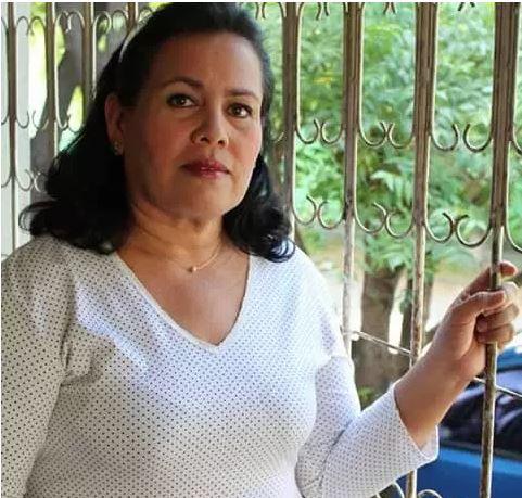 Honores a nuestra Directora General María ElenaPalacios