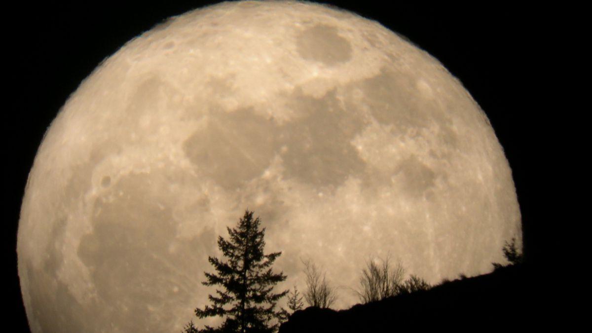 Fotógrafos alerta por la mayor superluna de los últimos 70años