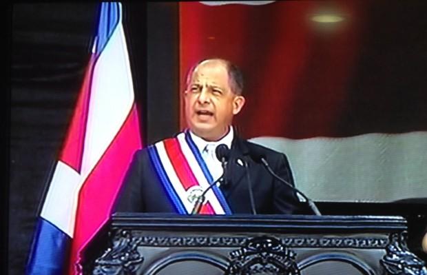 luis_guillermo_solis_presidente_costa_rica-e1426297797243.jpg