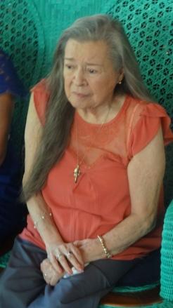 Blanca Segovia Sandino Aráuz, en su residencia en Managua, junto a los niños declamadores Los Rubencitos. Fotos cortesía de Clemente Guido Martínez.