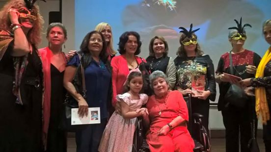 La noche de las poetas, homenaje a ClaribelAlegría