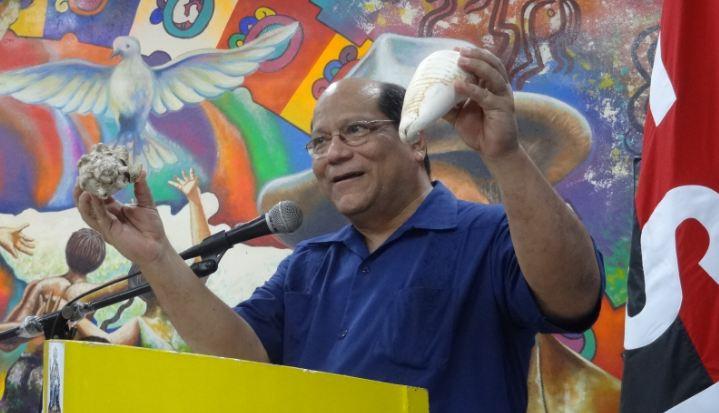 Maestros de 47 colegios de Managua beneficiados con libros deHistoria