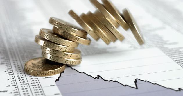 Desacelera el crecimiento económico y acelera el endeudamientopúblico