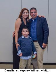 Danelia, esposo e hijo