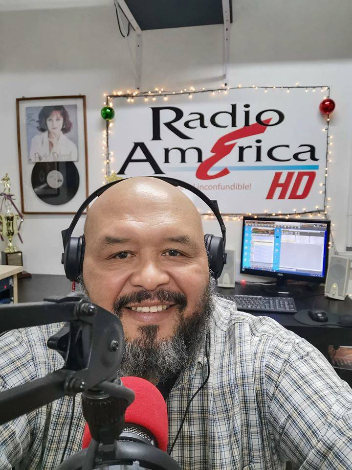 Especial en el Día del Periodismo, Presentador de Grupo Extra Costa Rica, reconoce la importancia de RigobertoCabezas