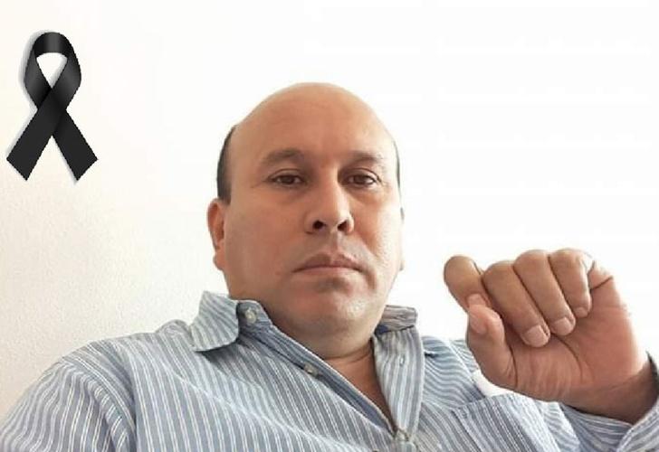 En estos momento se realiza una misa de cuerpo presente de Don Emigdio Suárez, gerente de CDNN 23 y Bolsa deNoticias