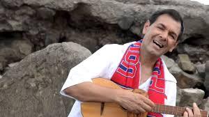 Canta autor pretende rescatar identidad costarricense  Seguidor de  Luis Enrique MejíaGodoy