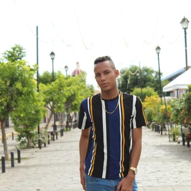 Oswaldo Flores de la Costa Caribe emigra a Managua para mejorar suvida
