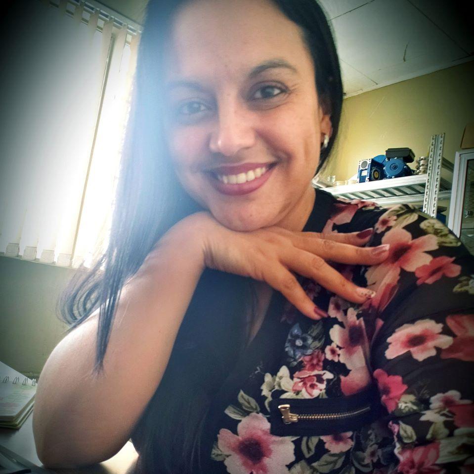Saludos cumpleañeros para Costa Rica: RossHerrera